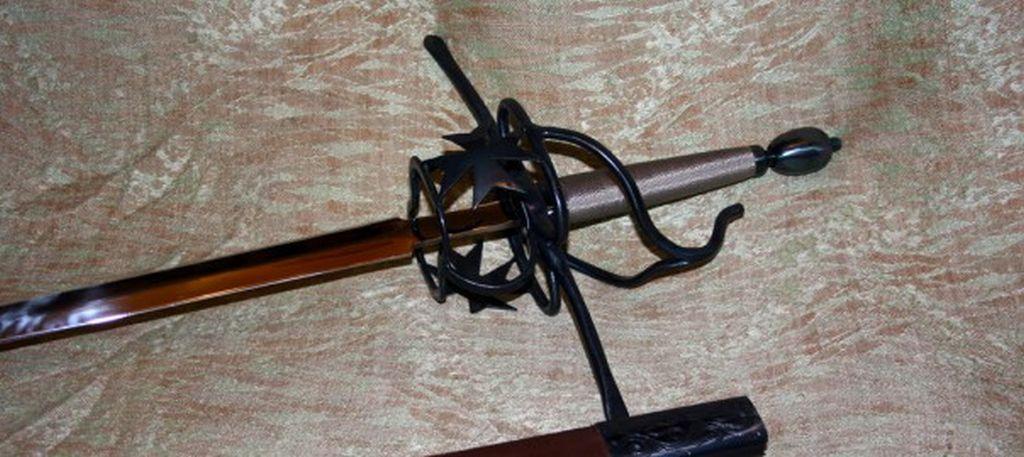 Шпага с крестами