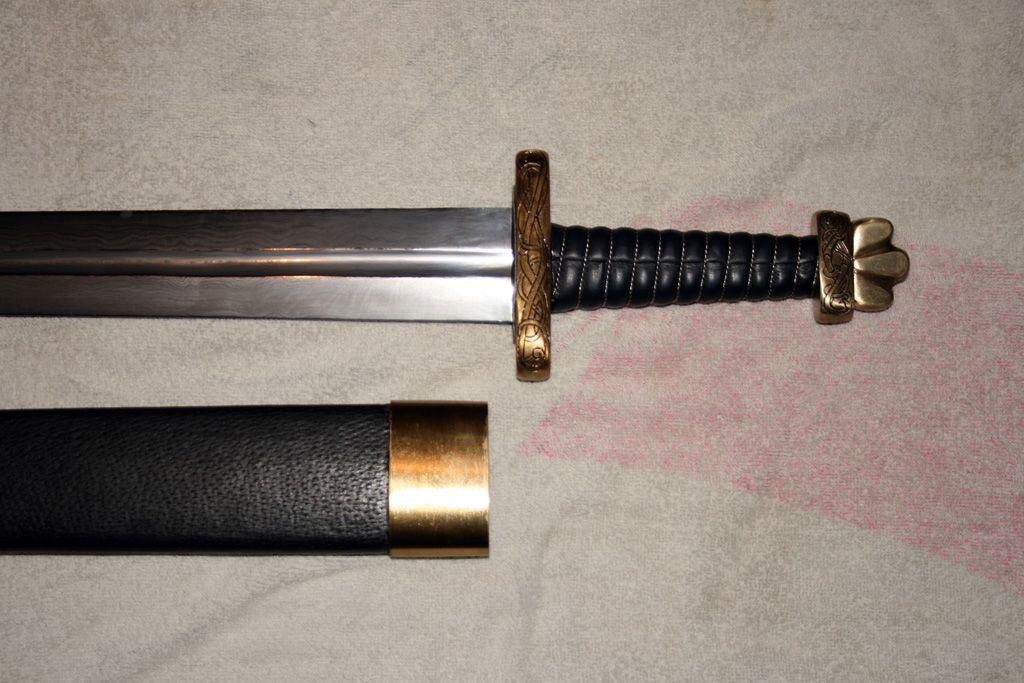 Каролинг - мечь викингов.